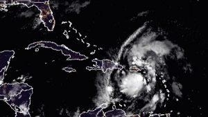 Hurricane-Isaias-Threatening-Florida-Businesses